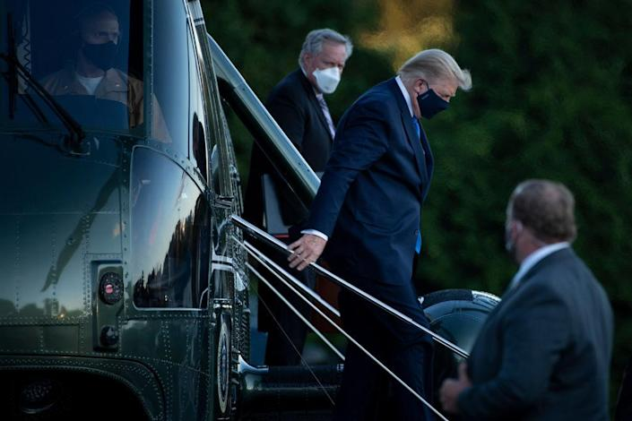 Trump arrives at Walter Reed