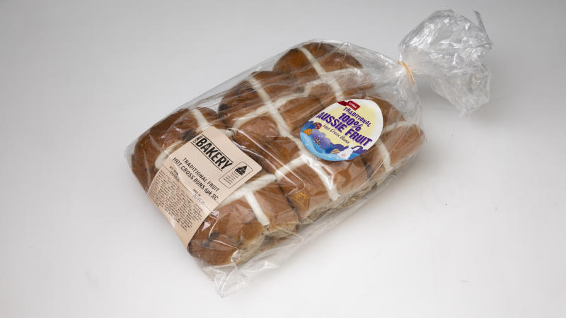 Coles Traditional Fruit Hot Cross Buns