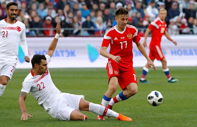 Soccer Football - International Friendly - Russia vs Turkey - VEB Arena, Moscow, Russia - June 5, 2018 Russia's Aleksandr Golovin in action with Turkey's Kaan Ayhan REUTERS/Sergei Karpukhin