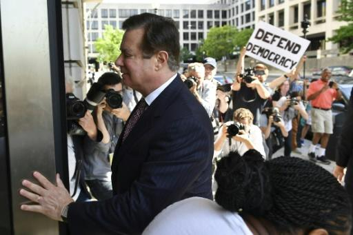 Former Trump campaign manager Paul Manafort arrives for a hearing in federal court in Washington -- his bail was revoked and he was ordered jailed before trial