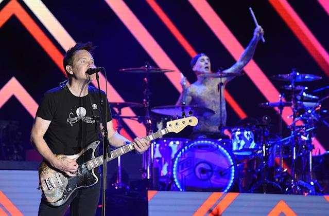 <p>Mark Hoppus (L) and Travis Barker of Blink 182 perform during the 2017 Life is Beautiful Festival on September 22, 2017 in Las Vegas, Nevada.<br>(Photo by Tim Mosenfelder/Getty Images) </p>