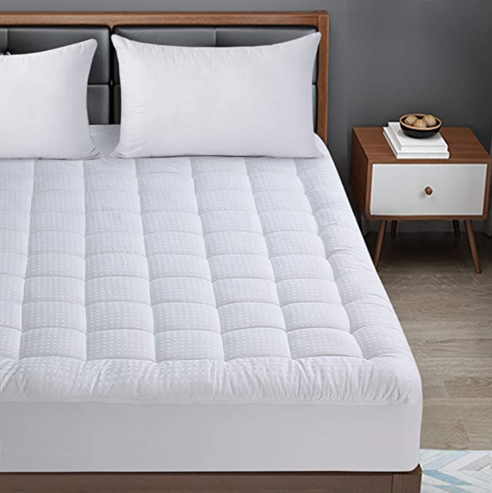 BaliChun Cooling Mattress Topper (Photo via Amazon)
