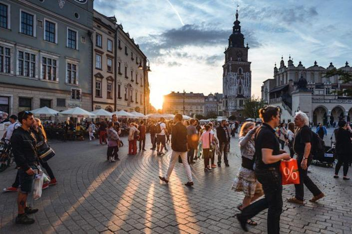 Best Countries to Live Considering Climate Change