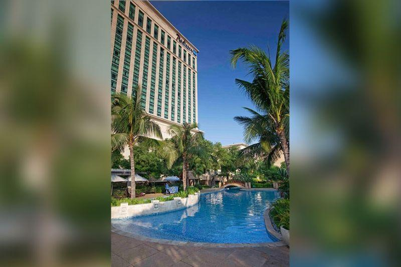 Hotel group cuts room rates to spur domestic spending
