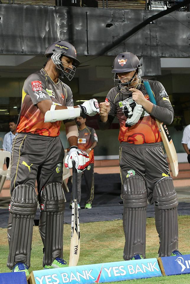 Shikhar Dhawan and Qionton de Kock open for Sunrisers during match 34 of the Pepsi Indian Premier League between The Chennai Superkings and the Sunrisers Hyderabad held at the MA Chidambaram Stadiumin Chennai on the 25th April 2013. (BCCI)