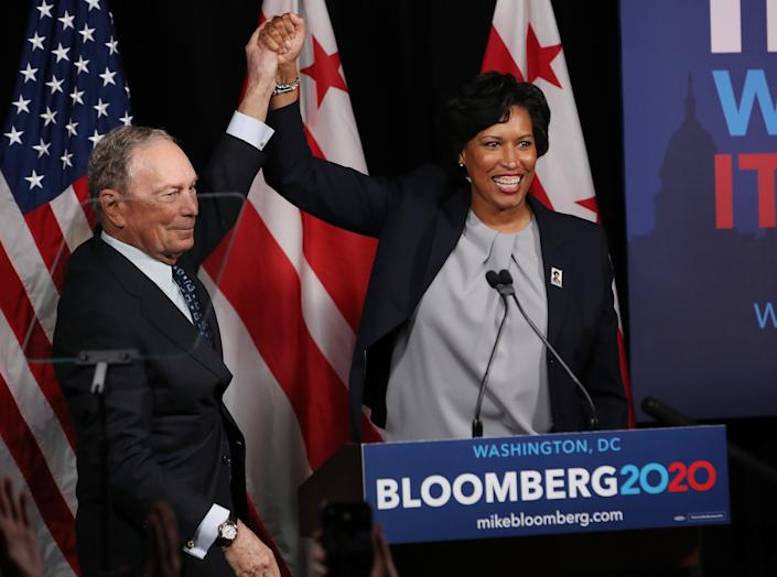 Democratic presidential candidate, former New York City Mayor Michael Bloomberg receives an endorsement from District of Columbia Mayor Muriel Bowser. Bloomberg has donated millions to D.C. public schools. (Photo: Mark Wilson via Getty Images)