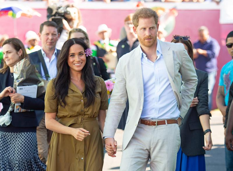 CAPE TOWN, SOUTH AFRICA - SEPTEMBER 24: (UK OUT FOR 28 DAYS) Prince Harry, Duke of Sussex and Meghan, Duchess of Sussex attend Heritage Day public holiday celebrations in the Bo Kaap district of Cape Town, during the royal tour of South Africa on September 24, 2019 in Cape Town, South Africa. (Photo by Pool/Samir Hussein/WireImage)