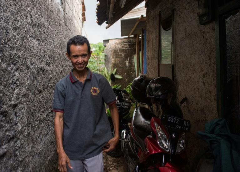 Sriyono has asbestosis -- an incurable scarring of the lungs that often leads to cancer, caused by decades of inhaling asbestos fibres at his work in an Indonesian factory