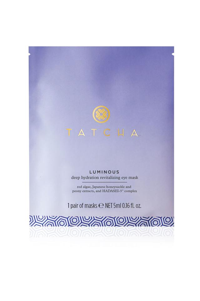 """<p><strong>Tatcha</strong></p><p>sephora.com</p><p><strong>$45.00</strong></p><p><a href=""""https://go.redirectingat.com?id=74968X1596630&url=https%3A%2F%2Fwww.sephora.com%2Fproduct%2Fluminous-dewy-skin-mask-P429537&sref=http%3A%2F%2Fwww.townandcountrymag.com%2Fstyle%2Fbeauty-products%2Fg28187262%2Fweekly-covet-july-5-2019%2F"""" target=""""_blank"""">Shop Now</a></p><p>""""Winter is supposed to be the tough season for dry skin, but I find that after a day of SPF, blazing sun, pool water, an ocean breeze or two, and vigorous cleansing, my face is parched. These masks have a wonderful cooling, soothing effect and help my skin get ready to do it all again the next day.""""—<em>Elizabeth Angell, Digital Director</em></p>"""