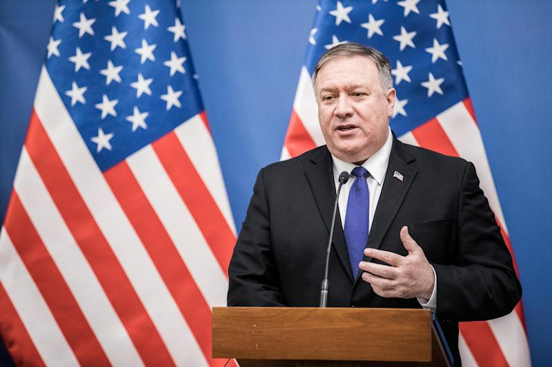 Pompeo Hints at Huawei Ultimatum to Countries Buying Equipment
