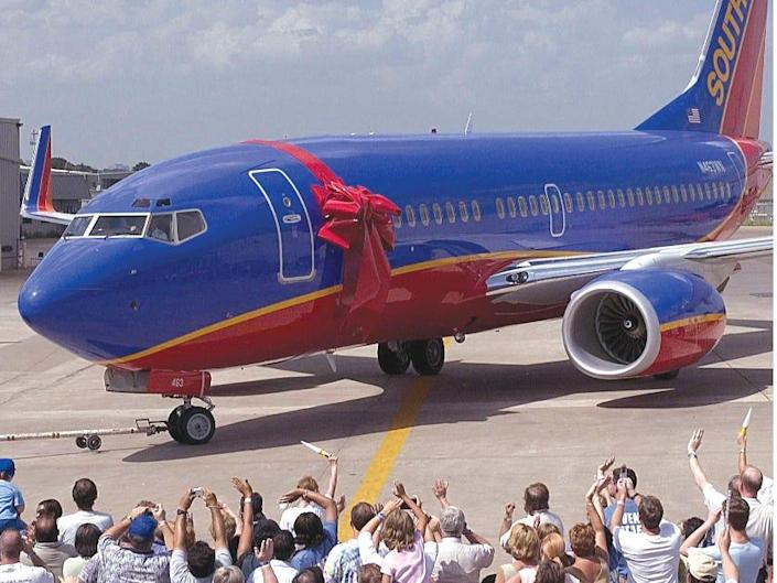 Debut of Southwest's Canyon Blue livery in 2001