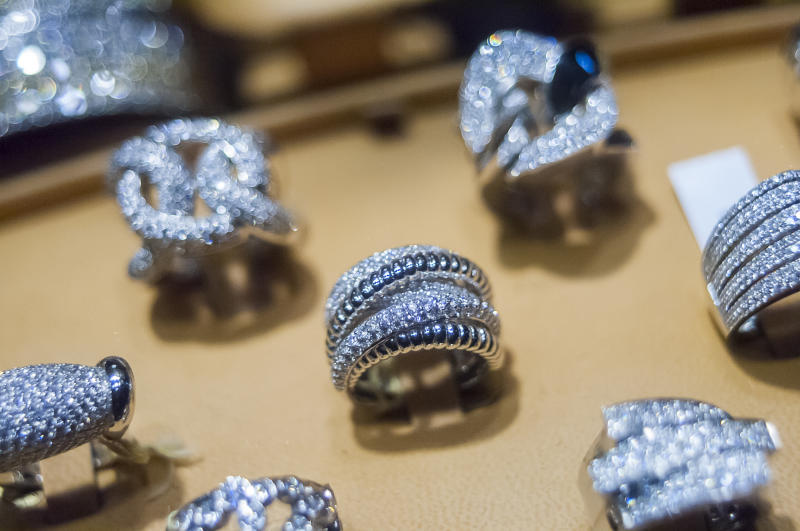 A display of diamonds in the window of a jewelry store on West 47th Street in New York on Monday, December 19, 2016. According to De Beers global sales of diamonds are down and diamond merchants are blaming India's ban on 500 and 1000 rupee notes. (Photo by Richard B. Levine) *** Please Use Credit from Credit Field ***