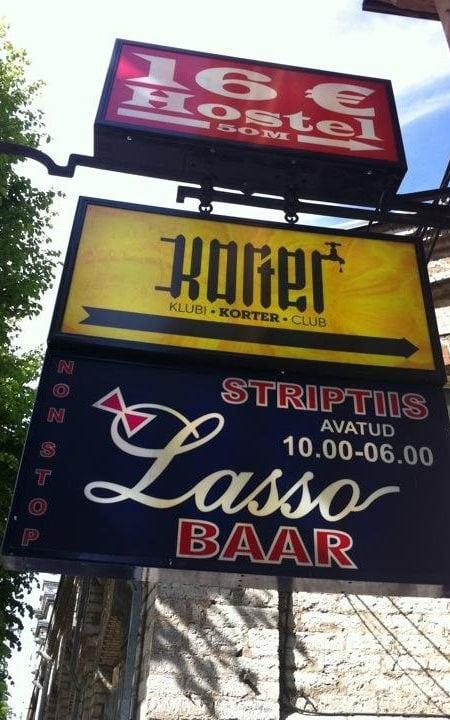 A sign for the Lasso Baar in Tallinn