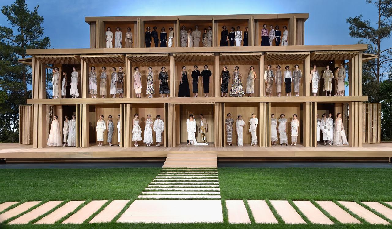 <p>For the January 2016 show, Lagerfeld and his team constructed an impressive life-size dollhouse, which his models (including Kendall Jenner and Gigi Hadid) posed in. <i>[Photo: Getty]</i></p>