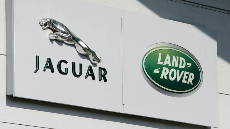 Trademark application over Land Rover shapes fails
