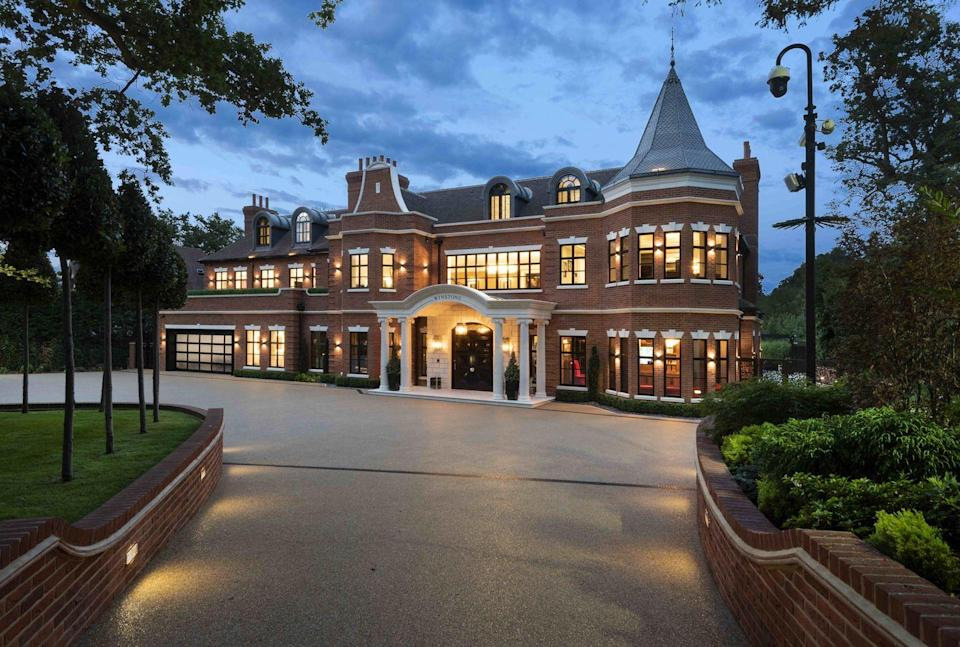 "<p>This grand six-bedroom mansion is a new-build home in Keston Park, Kent. It boasts a massive 18,000 sq ft of living space, including a bar area, games room, gym and its very own hydrotherapy suite with a pool and steam room. There's also a splendid central entrance hall, which doubles as a dining hall. </p><p>Oh, and did we mention the 4G five-a-side football pitch in the back garden?</p><p><a class=""link rapid-noclick-resp"" href=""https://www.rightmove.co.uk/properties/83243446"" rel=""nofollow noopener"" target=""_blank"" data-ylk=""slk:TOUR NOW"">TOUR NOW</a></p>"