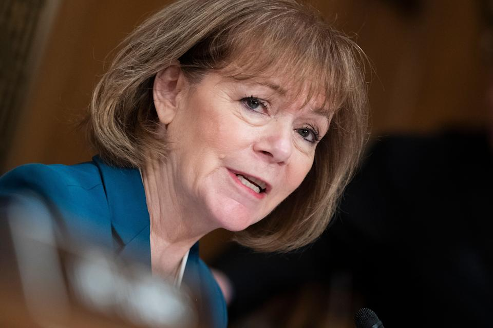 Sen. Tina Smith (D-Minn.) is the latest of her colleagues to announce her support for ending the filibuster. (Photo: Tom Williams via Getty Images)
