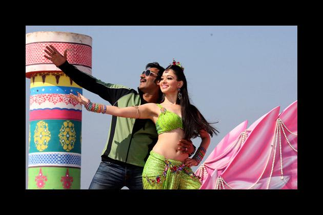 On the sets of 'Himmatwala'