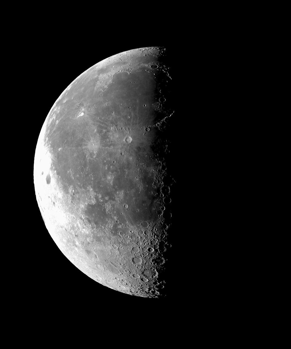 """<h2>Last Quarter</h2> <br>The last quarter moon phase makes it easier to let go of what's not working for you, Arriana says. """"Each path is unique as we are all special to our talents and goals, this is where you are true to yourself as you make life yours.""""<br> <br>""""The last quarter type often has organizational and managerial abilities,"""" Hale says. """"They have broad social ideals and can force issues and create a crisis to transform something, and build new systems and work for future goals regardless of personal cost.""""<br><br>""""On the negative side, it is hard for these individuals to accept personal criticism and they can have a dictatorial attitude,"""" Hale says.<br><span class=""""copyright"""">Photo: SSPL/Getty Images.</span><br><br><br><br><br><br>"""