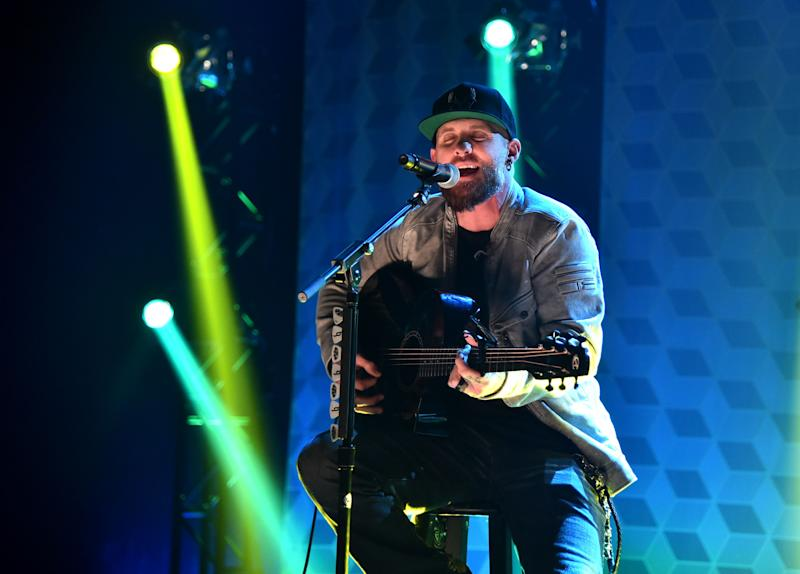 Brantley Gilbert looks stunning on stage during a performance