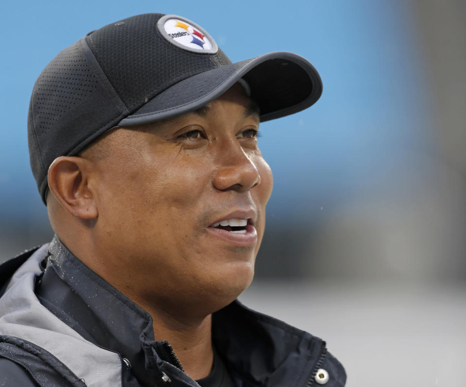 Former Pittsburgh Steelers wide receiver Hines Ward had some critical comments about the team's culture. (AP)