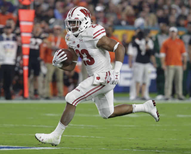 Wisconsin running back Jonathan Taylor rushed for 1,977 yards as a true freshman. (AP Photo/Lynne Sladky, File)