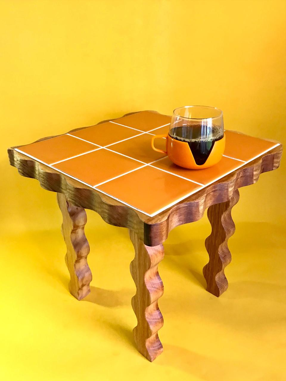 Secateur Me Baby's sold-out Crazy Legs side table.