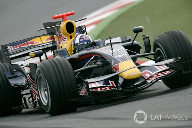 "24. El Red Bull Racing RB4 de F1 <span class=""copyright"">Drew Gibson/LAT</span>"