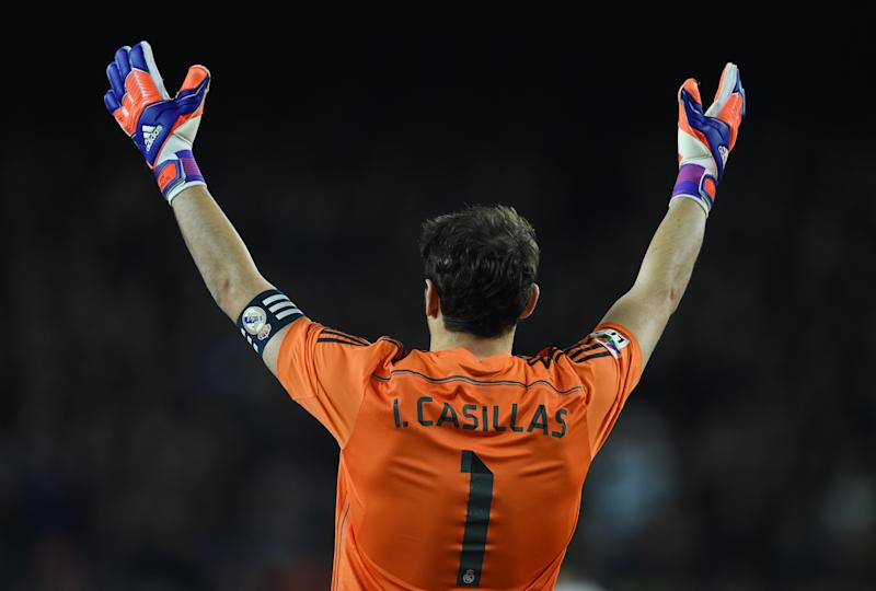 Iker Casillas of Real Madrid during the La Liga match between Barcelona and Real Madrid at the Estadio Camp Nou, Barcelona, Spain. Photo: Visionhaus/Ben Radford (Photo by Ben Radford/Corbis via Getty Images)