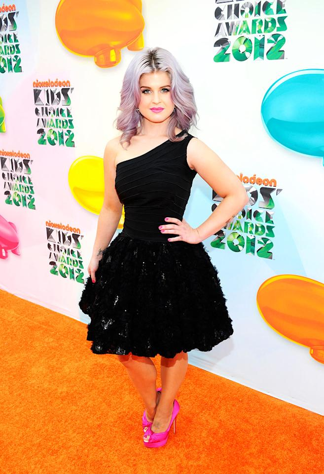 Kelly Osbourne arrives at the 2012 Nickelodeon Kids' Choice Awards in Los Angeles, California.
