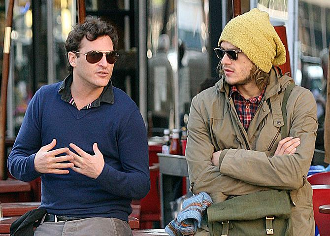 Joaquin Phoenix y Heath Ledger en un restaurante de Nueva York (© 2007 Rodrigo Guerra/The Grosby Group; Copyrigth: GTRES)