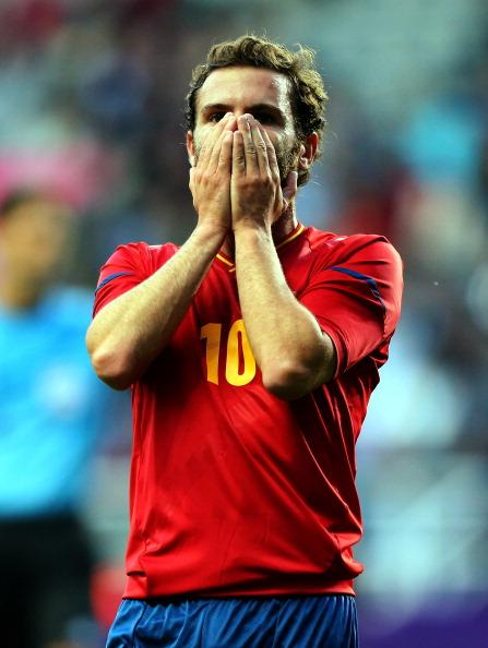 NEWCASTLE UPON TYNE, ENGLAND - JULY 29:  Juan Mata of Spain reacts after missing a shot at goal during the Men's Football first round Group D match between Spain and Honduras on Day 2 of the London 2012 Olympic Games  at St James' Park on July 29, 2012 in Newcastle upon Tyne, England.  (Photo by Stanley Chou/Getty Images)
