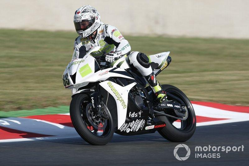 "Campeón World Supersport 2008<span class=""copyright"">Gold and Goose / Motorsport Images</span>"