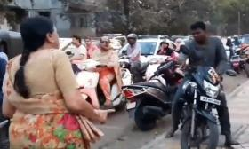 Not Aunty National: An unlikely traffic cop in Pune wows Twitter