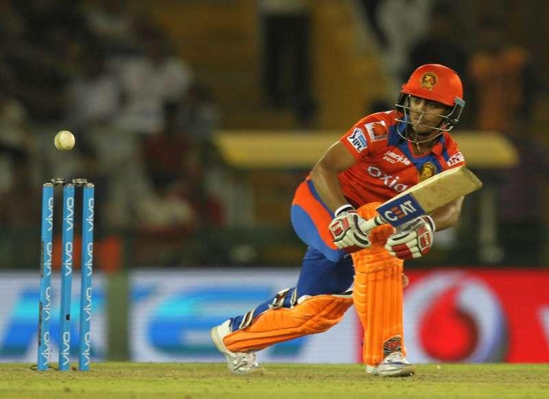 Gujarat Lions made a massive 208 at the Feroz Shah Kotla. Rishabh Pant and Sanju Samson made a mockery of that target!