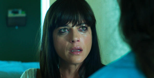Selma Blair as a distraught mother in <em>Mom and Dad</em>. (Photo: Momentum Pictures)