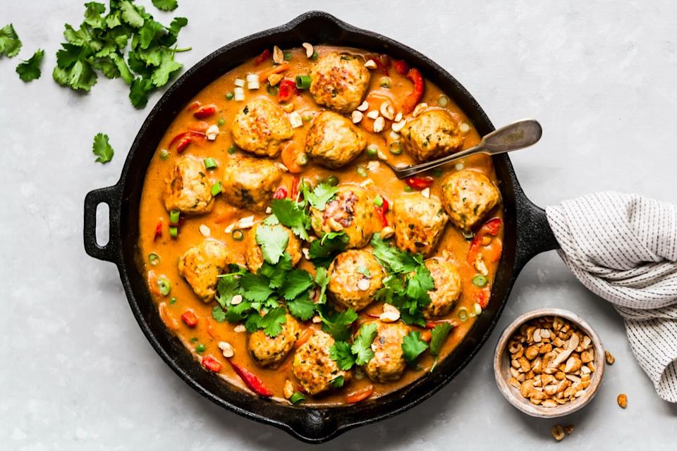 Chicken Meatballs in Peanut Sauce