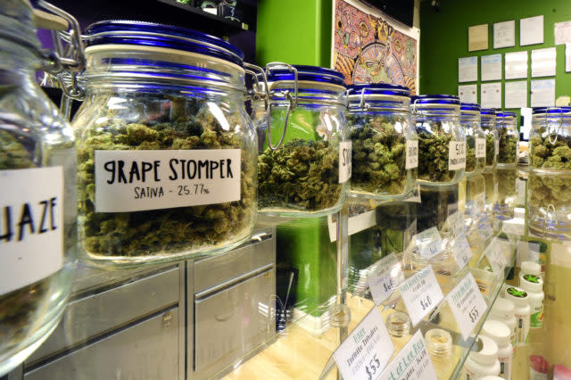 Oakland Gives Weed Convicts Opportunity To Open Marijuana Businesses As Reparations