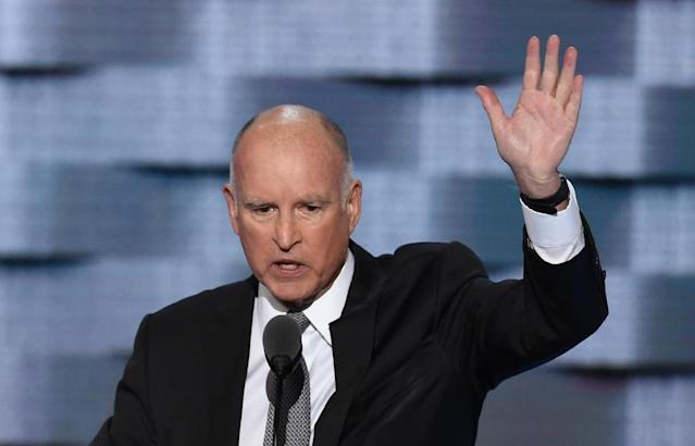California Governor Jerry Brown is heading to China for a high-profile visit largely centered on environmental issues (AFP Photo/SAUL LOEB)