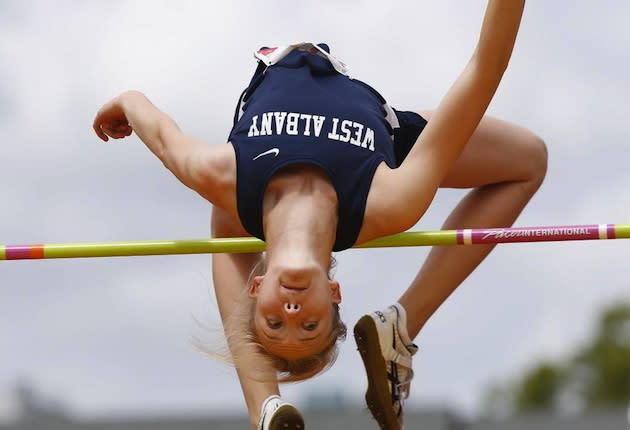 Rachel Proteau has the best high jump height in the country in 2013 — Oregon Live