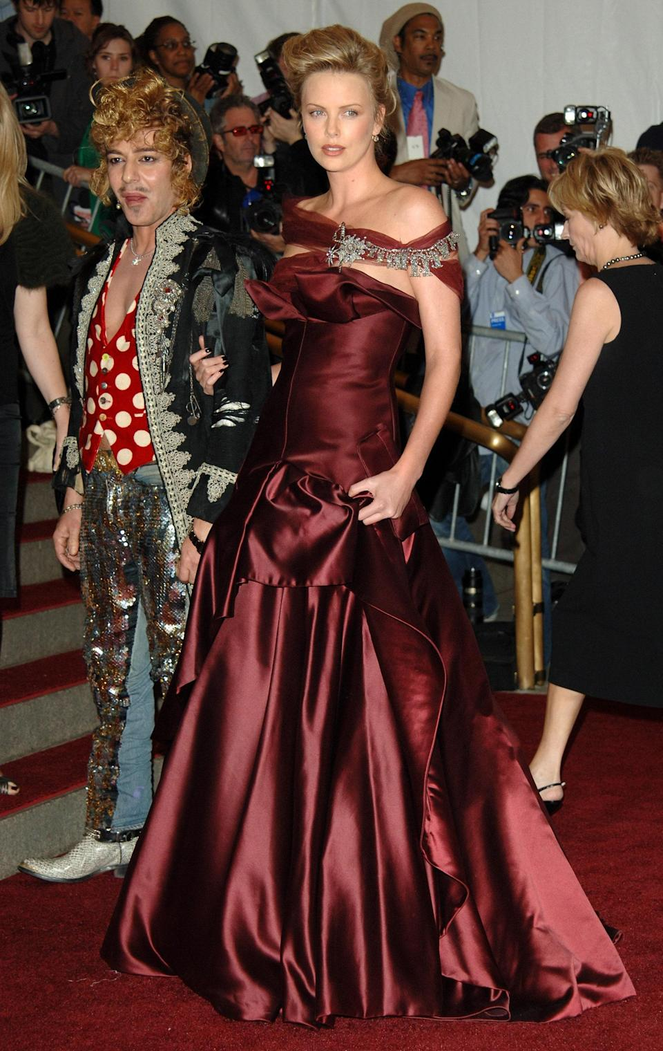 """<h1 class=""""title"""">Charlize Theron in Christian Dior, 2006</h1><cite class=""""credit"""">Photo: Getty Images</cite>"""