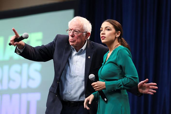Rep. Alexandria Ocasio-Cortez (D-N.Y.) campaigned with Democratic presidential candidate Bernie Sanders in Iowa, where the progressive hard-liner is focusing his presidential bid on a populist response to the climate crisis. (Photo: Scott Morgan / Reuters)