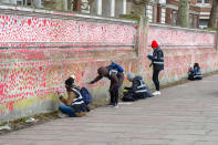 <p>El homenaje, que se ha hecho en tiempo récord, ha tenido un gran recibimiento en la sociedad londinense. (Photo by Dave Rushen/SOPA Images/LightRocket via Getty Images)</p>