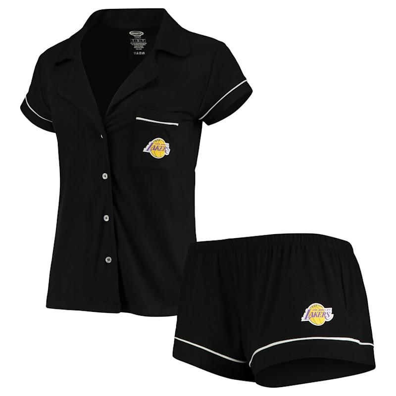 Women's Lakers Shirt & Shorts Sleep Set
