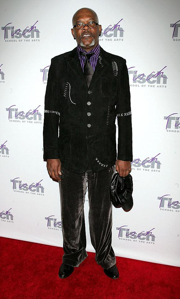 """Baggy velour pants? In public? At a Lincoln Center benefit in NYC? What happened to Sam Jackson's impeccable sense of style? Jim Spellman/<a href=""""http://www.wireimage.com"""" target=""""new"""">WireImage.com</a> - November 2, 2009"""