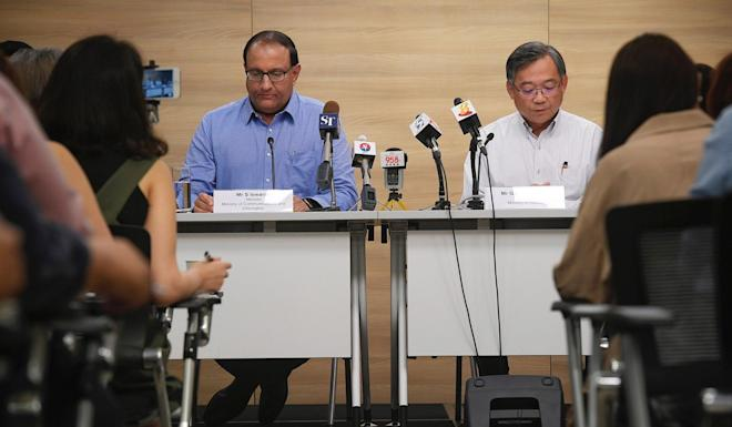 Singapore's Minister for communication and information, S Iswaran (Left). Photo: EPA-EFE