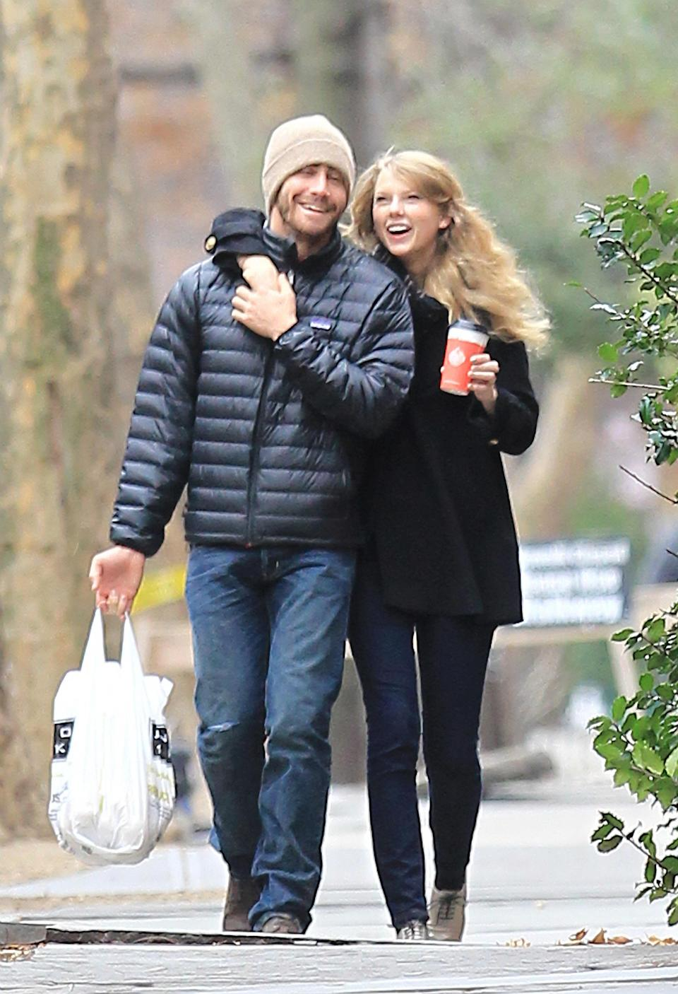 Jake Gyllenhall and Taylor Swift. (Photo: Instar Images)