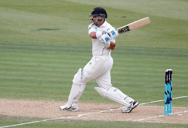 Ross Taylor plays a pull shot on his way to a record 17th Test hundred for New Zealand in the second Test on Monday (AFP Photo/MICHAEL BRADLEY)