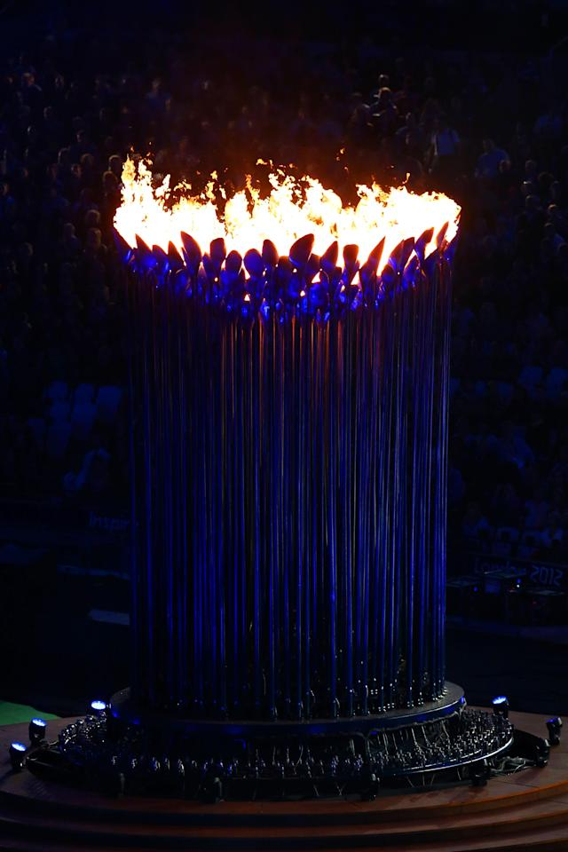 LONDON, ENGLAND - SEPTEMBER 09: The Paralympic cauldron flame burns during the closing ceremony on day 11 of the London 2012 Paralympic Games at Olympic Stadium on September 9, 2012 in London, England. (Photo by Dean Mouhtaropoulos/Getty Images)