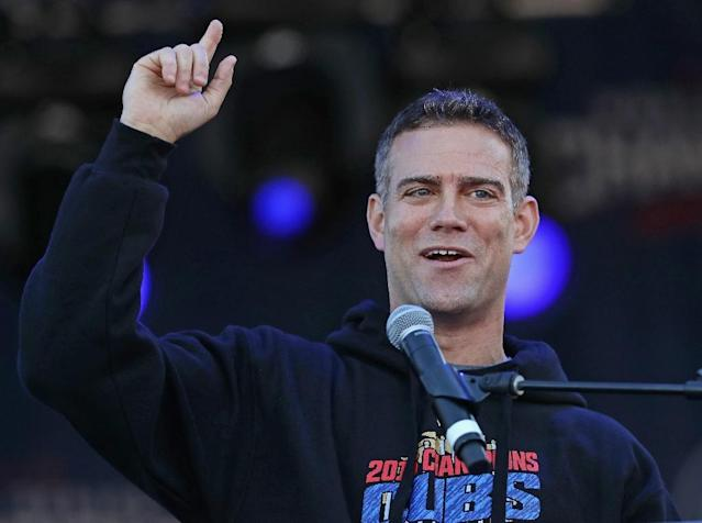 Theo Epstein of the Chicago Cubs speaks to the crowd during the Chicago Cubs victory celebration in Grant Park on November 4, 2016 in Chicago, Illinois (AFP Photo/Jonathan Daniel)